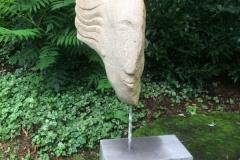 Antlitz, Thüster Kalkstein 40x20x20cm
